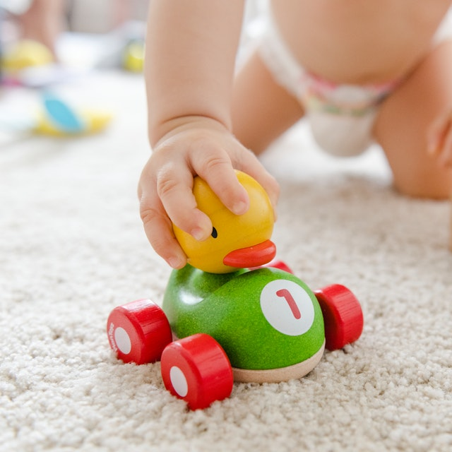 appropriate-toys-for-baby-milestones