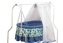 GoodLuck Baybee New Born Baby Cradle for Kids | Cradle with Mosquito Net | Stopper and Rotating Wheel Safety Grip Chain | Lightweight and Transportable (Blue)